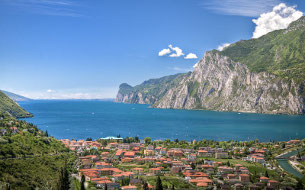 A Day Trip to Lake Garda - Guided and Private Tours - Milan Museum